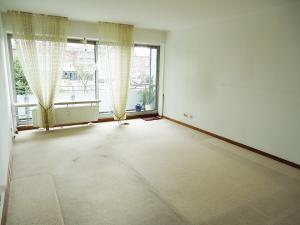 Wohnzimmer Teilansicht 1
